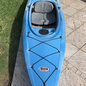 OldTown Dirigo 106 One Person kayak with Oar And Storage for Sale in Fort Lauderdale, FL