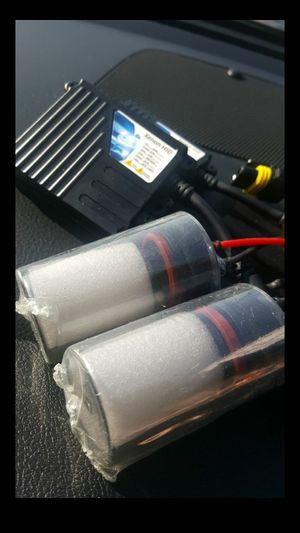 XENON HID lights kit MODEL H11 6K with WARRANTY. Easy plug and play Car XENON HID headlights set for Sale in West Covina, CA