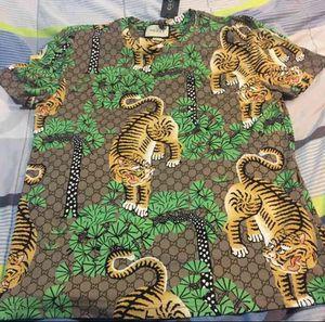 Gucci shirt size medium men for Sale in Cincinnati, OH