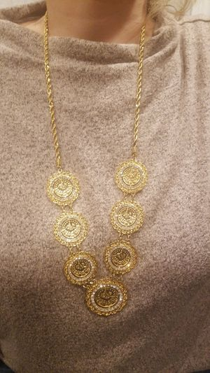 Plated gold coin chain for Sale in Dearborn Heights, MI