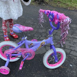 Toddler Bike With Training Wheels for Sale in Seattle, WA