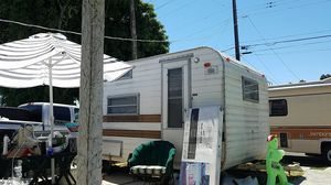 Vintage camper for Sale in Los Angeles, CA