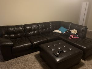 L shape sectional and ottoman for Sale in Macon, GA