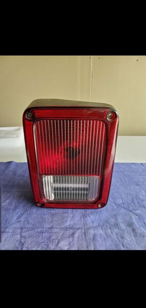 JEEP WRANGLER TAIL LIGHT for Sale in Long Beach, CA