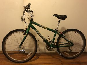 Treck mountain bike in good condition for Sale in Boston, MA