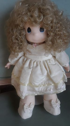 """PRECIOUS MOMENTS DOLLS VINTAGE """"MISS CURLY"""" for Sale in Morada, CA"""