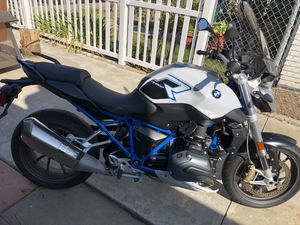 motorcycle bmw r 1200 r 875 miles for Sale in San Diego, CA