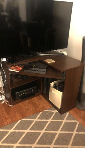 Wood Desk for Sale in Seattle, WA