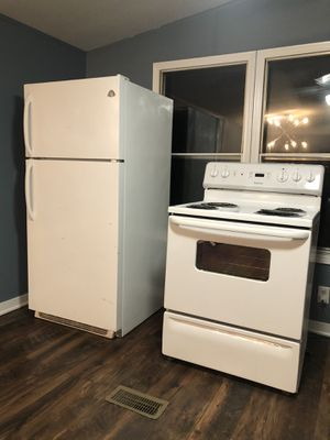 Refrigerator and stove for Sale in Davidson, NC
