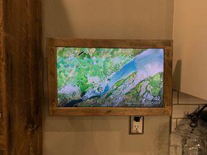 Wood Framed Kitchen TV for Sale in Wildomar, CA