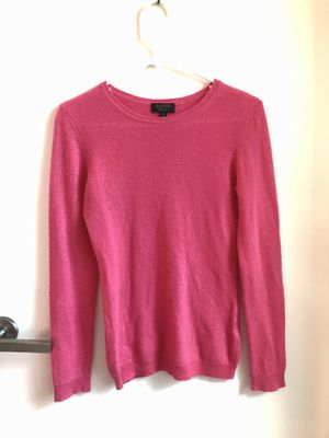 100% cashmere Sweater Size XS/S for Sale in Queens, NY