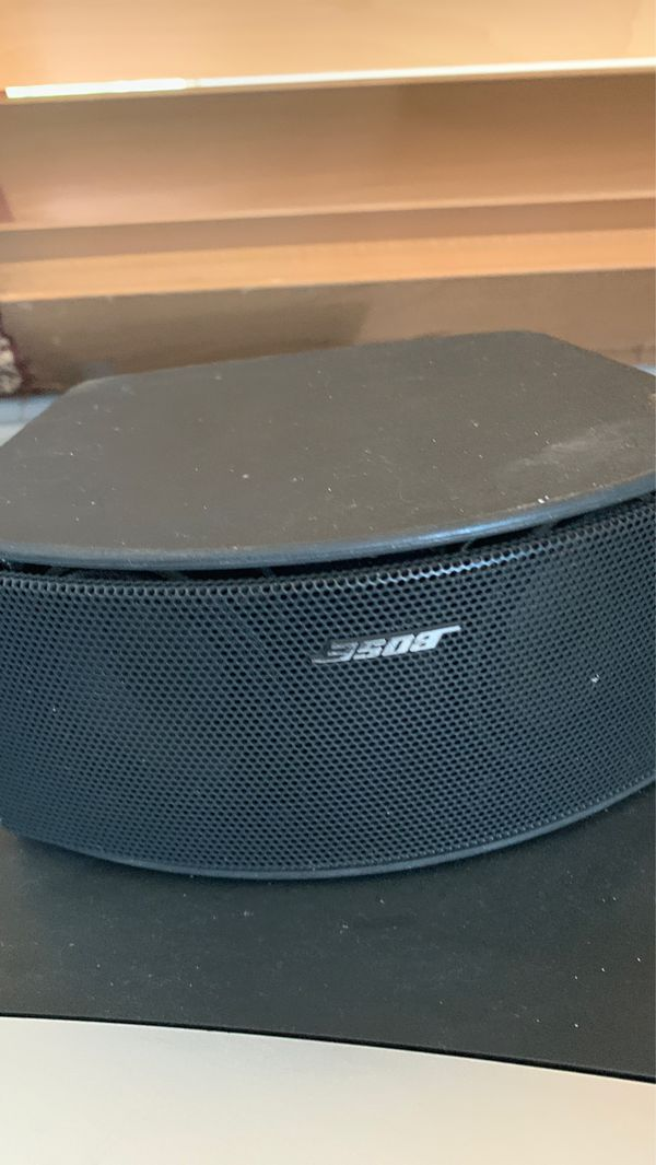 123 Bose system w/ 2 speakers and woofer and CD player