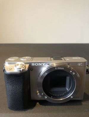 Sony A6000 + Sony 35mm F/1.8 OSS Lens for Sale in West Haven, CT