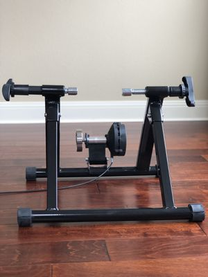 FDW Bike Trainer Stand for Sale in Vancouver, WA