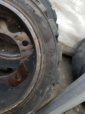 Clark forklift tires and rims for Sale in Irwindale, CA