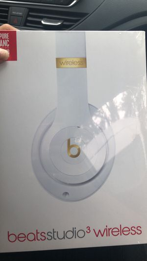 DRE BEATS BRAND NEW INBOX STUDIO3 WIRELESS HEADPHONES for Sale in Tacoma, WA