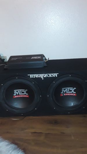 "Terminator 2 12"" sub speaker box. With amplifier 250 watts. for Sale in Long Beach, CA"