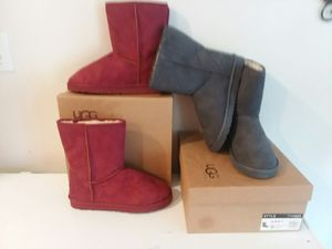 UGG WOMAN BOOTS SIZES 7-10 for Sale in Meherrin, VA