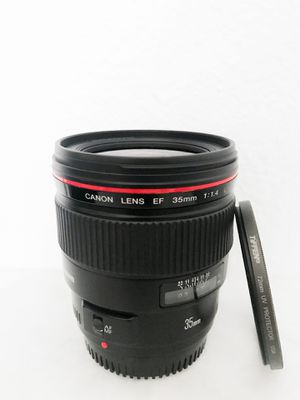 Canon EF 35mm f/1.4 Prime L USM Lens for Sale in Portland, OR