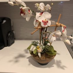 Artificial Plant In Vase for Sale in Irvine,  CA