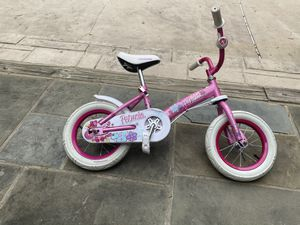 Girl bike pink for Sale in Ellicott City, MD