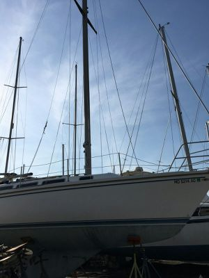 30' Catalina Sailboat for Sale in Essex, MD