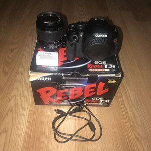 Canon Eos Rebel T3i - Like New for Sale in El Dorado, AR