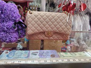 Elegant handbag for Sale in Marietta, GA