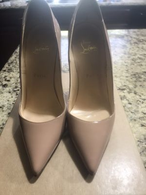 Christian louboutin so kate 120 size 38UK for Sale in Garden City, MI