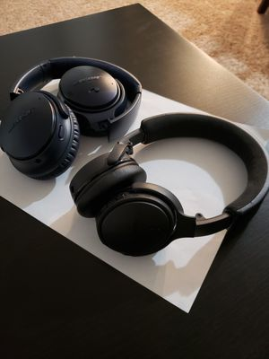 2 Bose bluetooth wirless headphones for Sale in Federal Way, WA