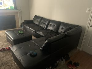 Black leather sectional for Sale in Arlington, TX