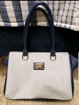 Ladies bag for Sale in Brighton, CO