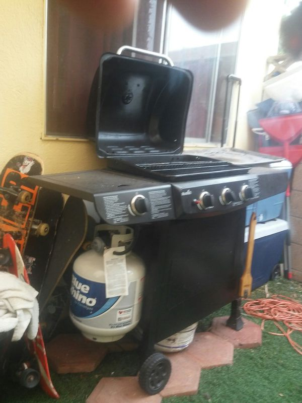 BBQ GRILL@80$$ WITH PROPANE TANK 80$$CHEAP
