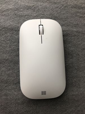 NWOT Microsoft Surface Mobile Mouse in Platinum for Sale in Crowley, TX
