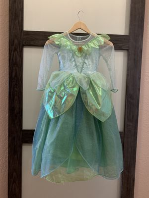 Tinkerbell costume - Disney store original - XS 4/5 for Sale in Coconut Creek, FL