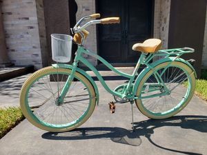 Bicycle for Sale in Laredo, TX