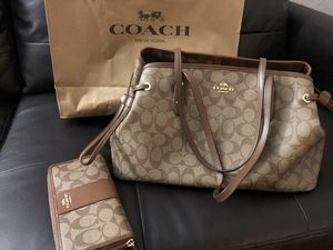 Coach Leather Purse for Sale in Phoenix, AZ