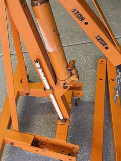 2 Ton Engine Hoist With Leveler for Sale in North Las Vegas,  NV