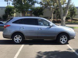 2007 Hyundai Veracruz motor v6 Color Azul interior gris 3rd Asiento 7 pasajeros 170,000k millas presio $3950.00 buenísimas condiciones corre como n for Sale in Los Angeles, CA