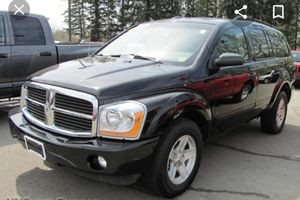 2004 Dodge Durango w/3rd row seating for Sale in Twinsburg, OH