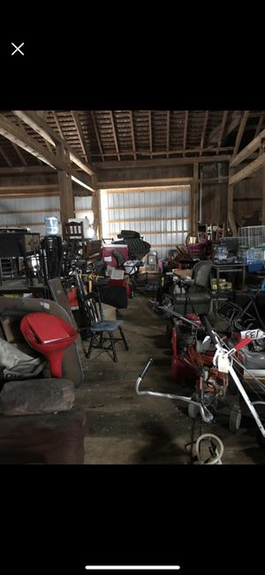 Barn sale today in mount joy 4 pm bring trucks and friends ! for Sale in Mount Joy, PA