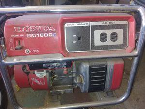 Honda generator e m 1600 excellent condition for Sale in Peoria, AZ