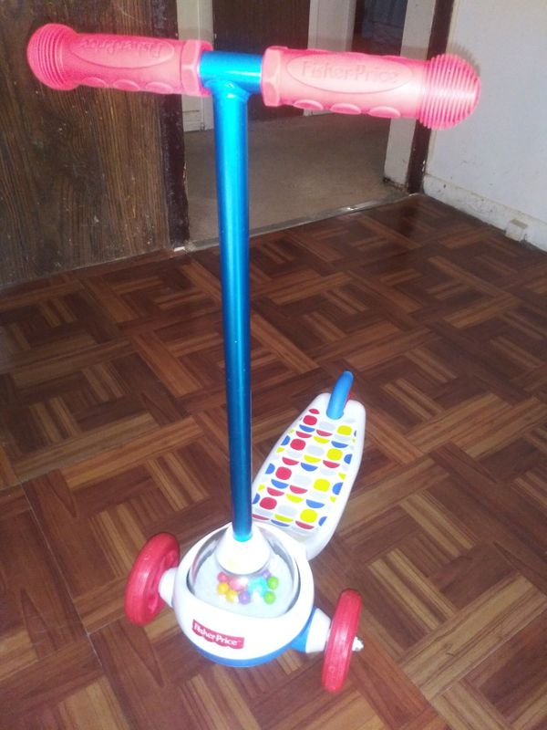 Kids Fisher Price Scooter For Sale 10.00 !