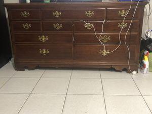 Dresser for Sale in Port St. Lucie, FL