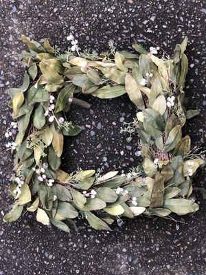 Gorgeous Square Wreath for Sale in Everett, WA