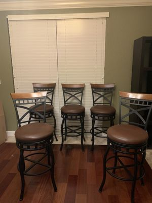 Like new leather bar stools for Sale in Miramar, FL