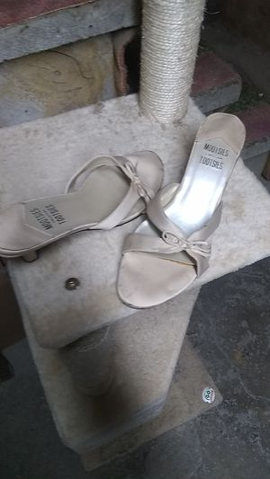 Mootsies Tootsies Collection sandals. Size 10 for Sale in Freeland, PA