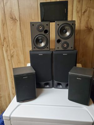 Sony speakers for Sale in Quincy, IL
