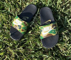 Nike slides x bape for Sale in Ruskin, FL
