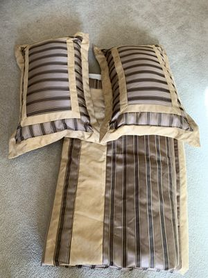 Brand new queen comforter for Sale in Phoenix, AZ
